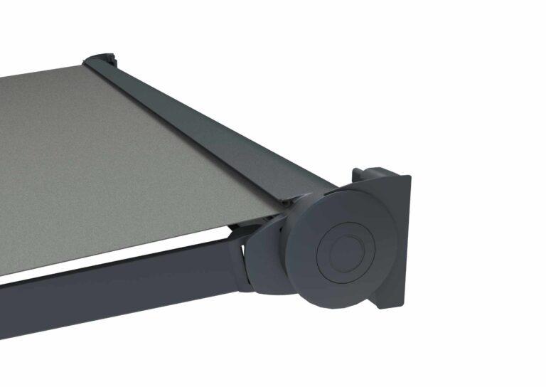 Portail battant en aluminium ATLAS-5 Très design, une lyre intégrée permet de ne pas voir l'enroulement de la toile.