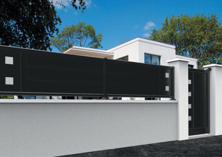 Portail battant en aluminium ORIO10_CL_P2DA Clôture lames horizontales 200 mm + décor carrés pleins