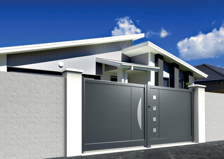 Portail battant en aluminium CARE07_B_P2DA Lames horizontales 200 mm + décor géométrie 1