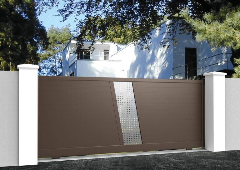 Portail battant en aluminium SAHA51_C1_P1SI Lames horizontales 120 mm + tôle en style inox