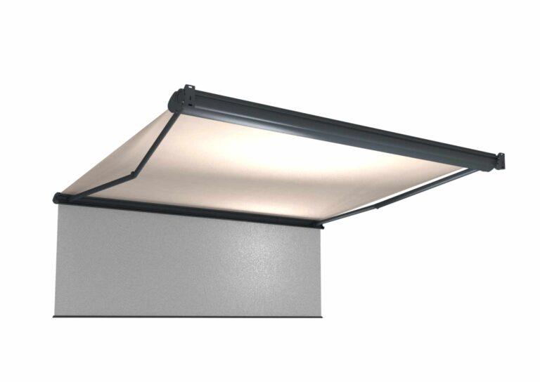Portail battant en aluminium CAPITAN-5 Le pare-soleil déroulable vous permet de gagner de l'ombre à toute heure de la journée ou de de vous protéger de la vue du voisinage.