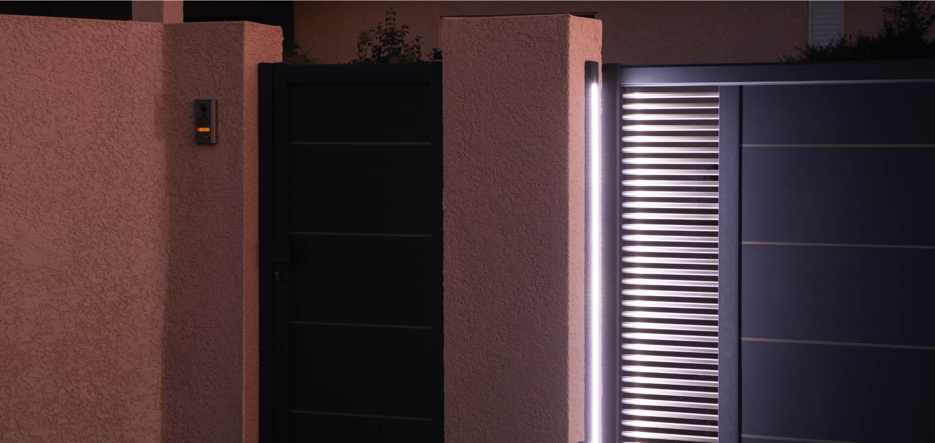 Eclairage LED sur portail